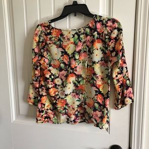 Lush Tops - 3/4 sleeve floral top